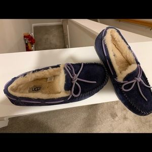 UGG slippers with hard bottom